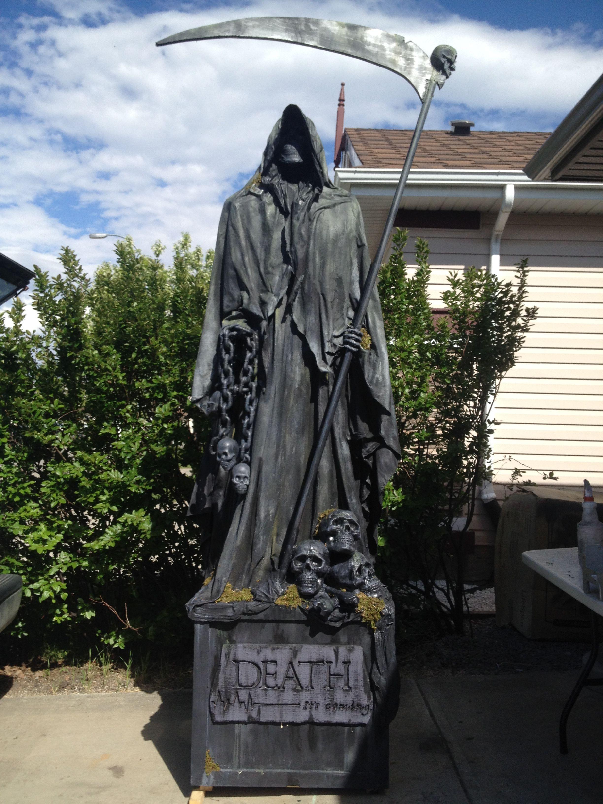 Grim Reaper graveyard statue 2014 | Halloween - Cemetery ...