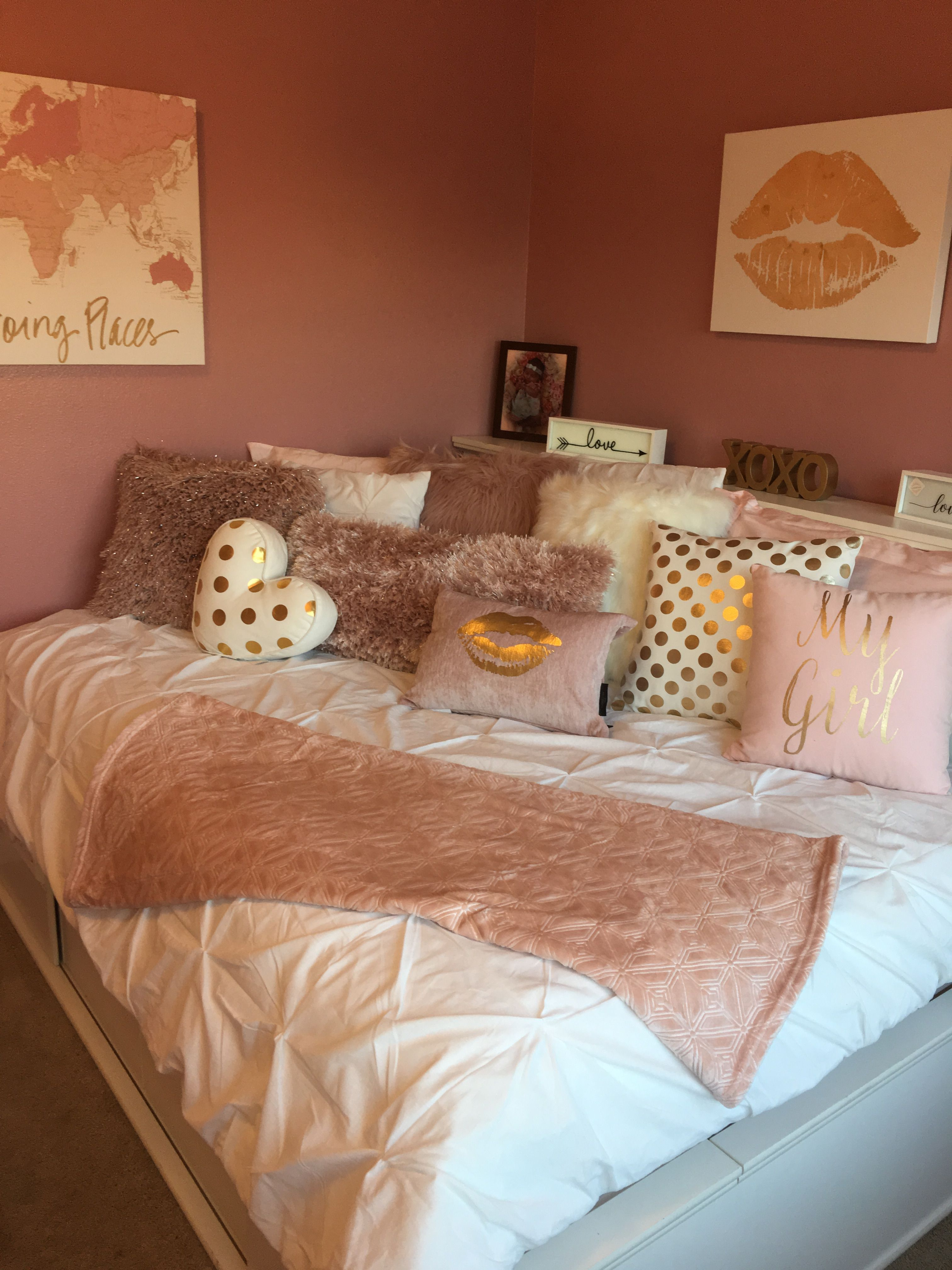 pin on rose gold decor for jissel on bedroom furniture design small rooms id=15688