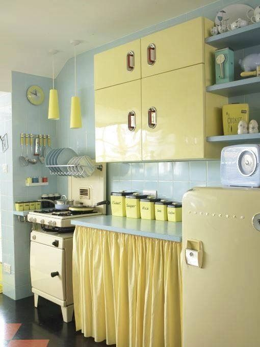 1950s Kitchen Via The Vintage News Love It