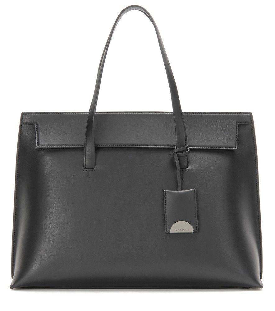 50724849f2cd9 Tom Ford - Handtasche Serena Day aus Leder - Italienische Handwerkskunst  trifft auf klassischen Lady-Chic. Die Serena von Tom Ford ist die ideale  Tasche für ...