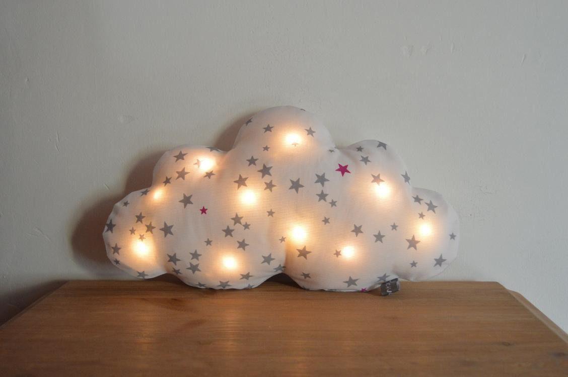 Coussin Veilleuse Bebe Enfants Lampe Nuage A Leds Tissu Blanc Avec Des Etoiles Grises Et Roses Dehoussable Decoration Nuage Lampe Nuage Coussin Lumineux