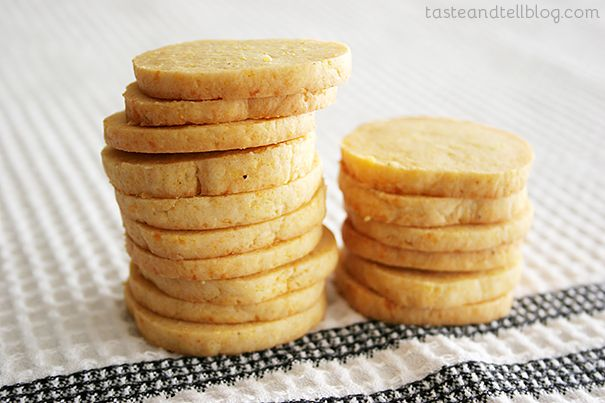 Cheddar-Cornmeal Icebox Crackers - Taste and Tell
