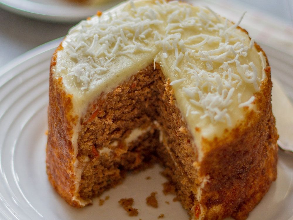 Coconut Flour Carrot Cake This Gluten Free Carrot Cake Recipe Features Two Layers Of Dense Nutt Coconut Flour Recipes Coconut Flour Carrot Cake Coconut Flour
