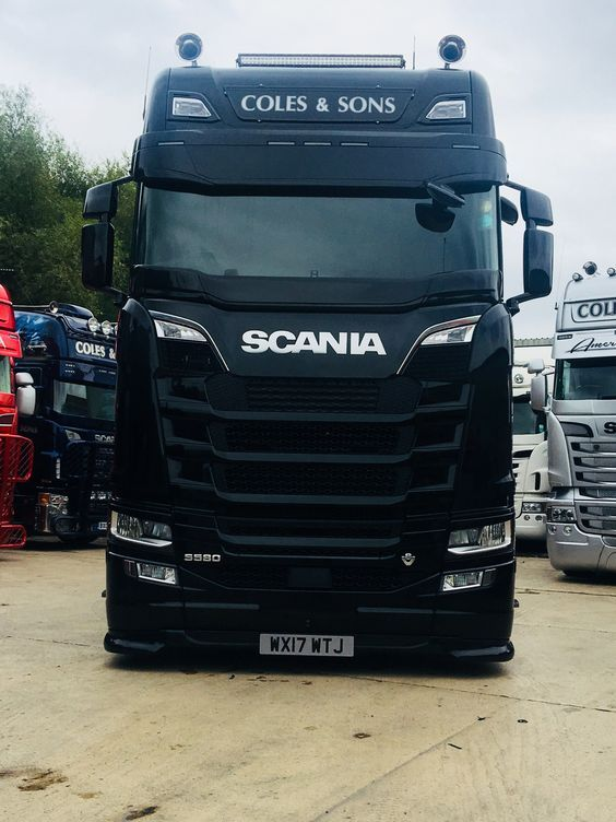 Scania S580 V8 full black Coles & Sons