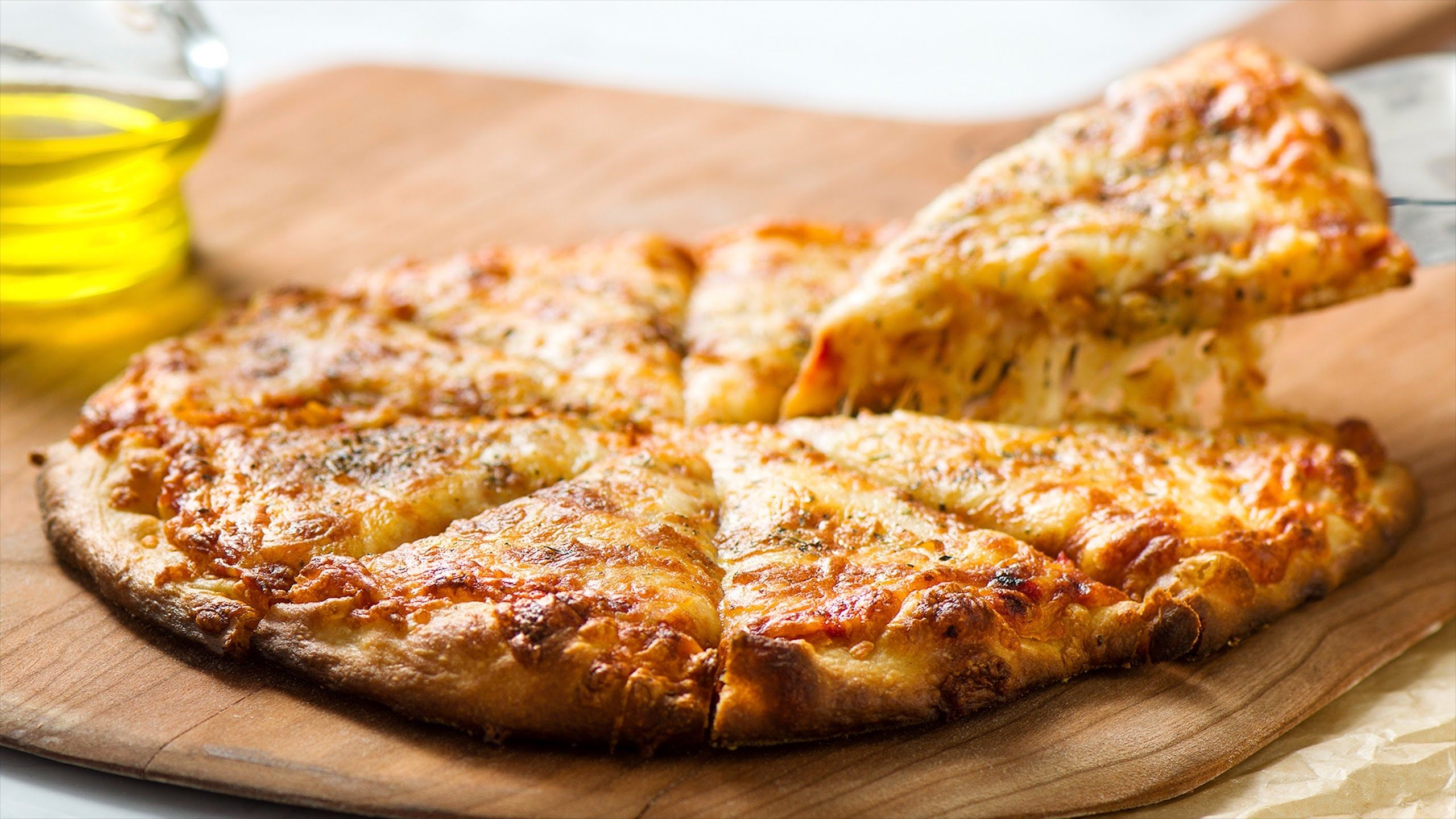 La Pizza De Queso Es De Los Favoritos Platillos Con Nuestro