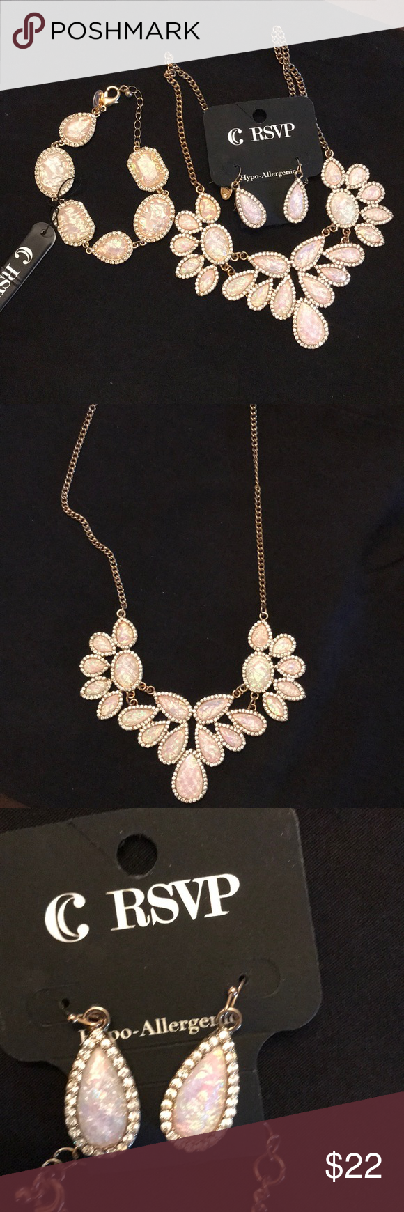 Nwt necklace bracelet and earrings set beautiful gold necklace