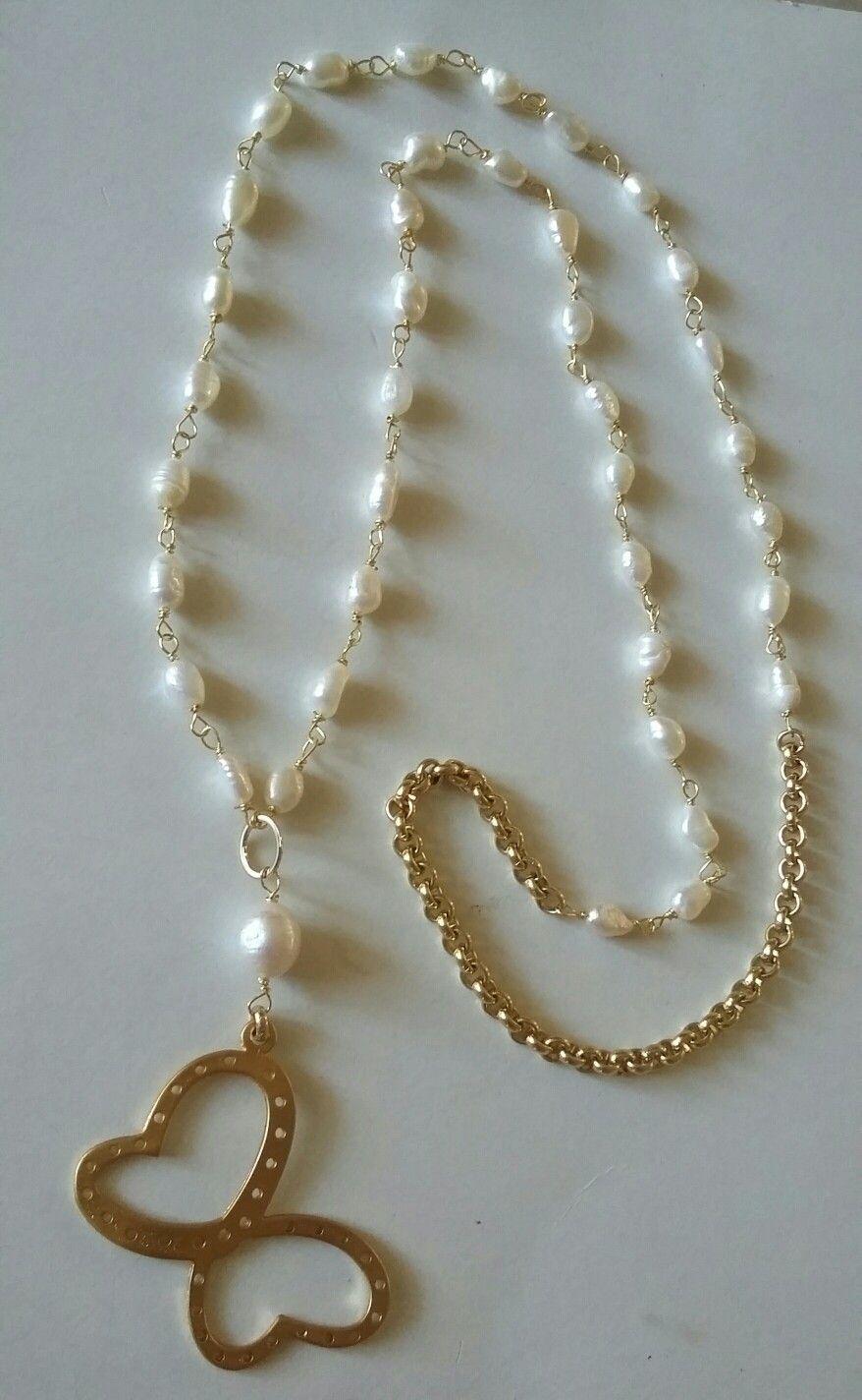 1f7ab3110af7 Collar largo de perlas de río. Creaciones Little Flower.