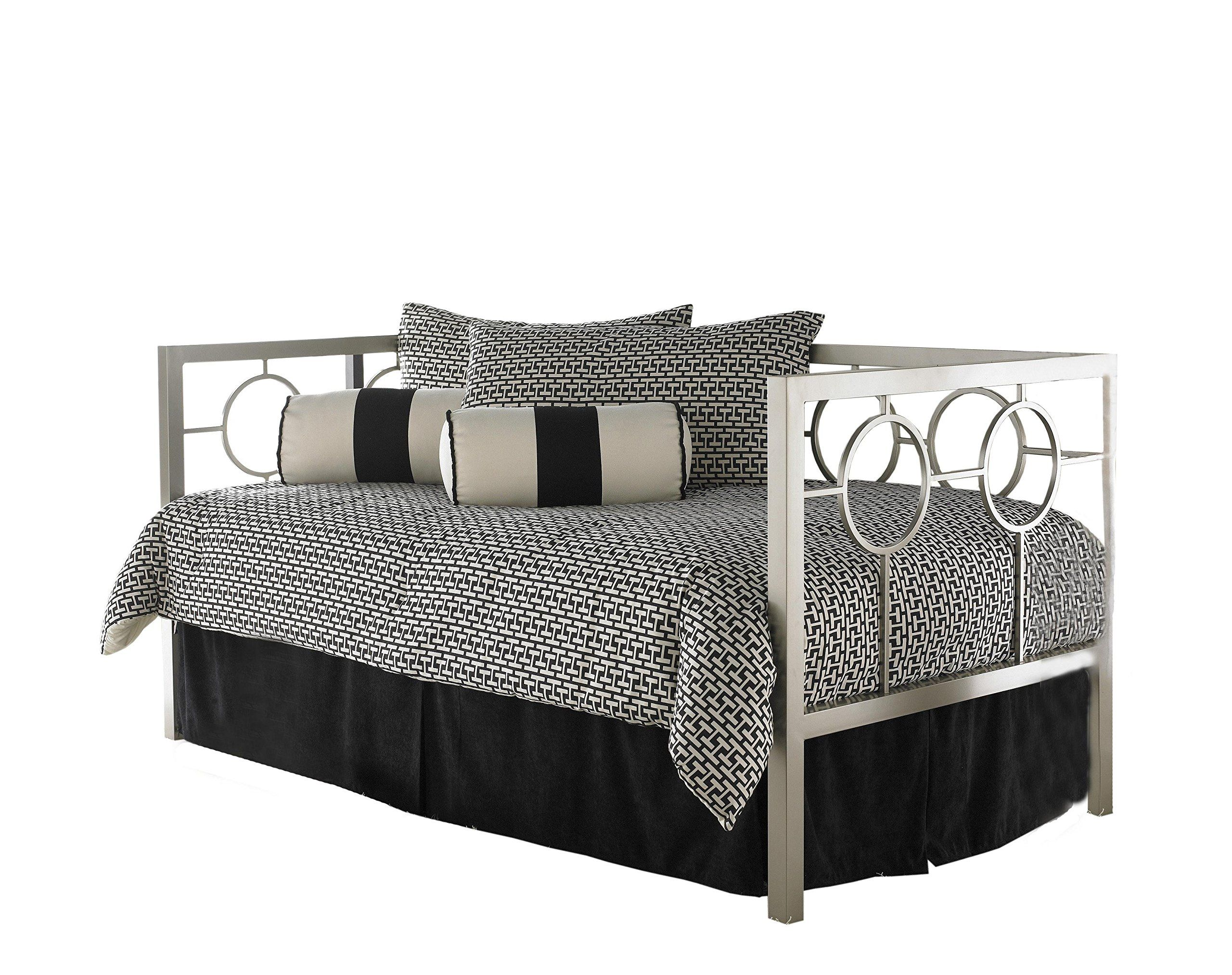Daybed with pop up trundle ikea astoria complete metal daybed with link spring and trundle bed pop