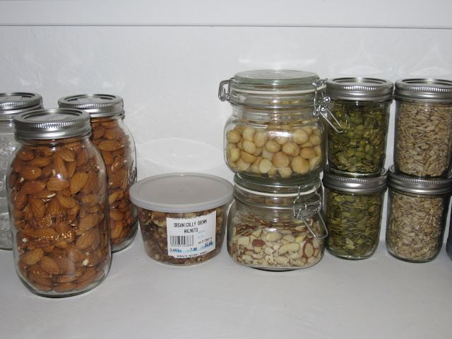 A comprehensive list of what a decent Paleo pantry should have in it.