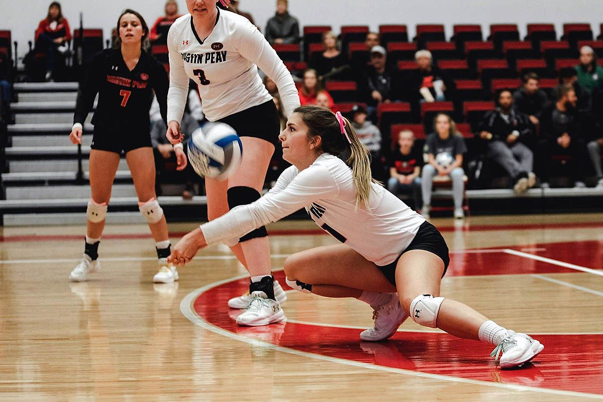 Apsu Volleyball Blanks Ut Martin Clarksville Tn Online Volleyball Volleyball Team Austin Peay State University