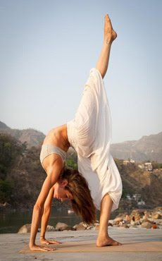 yoga yogi yogapose acroyoga ashtanga meditation
