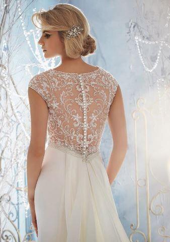 beautiful back #wedding #dress / Espalda del vestido de novia / parte trasera del vestido de novia / boda
