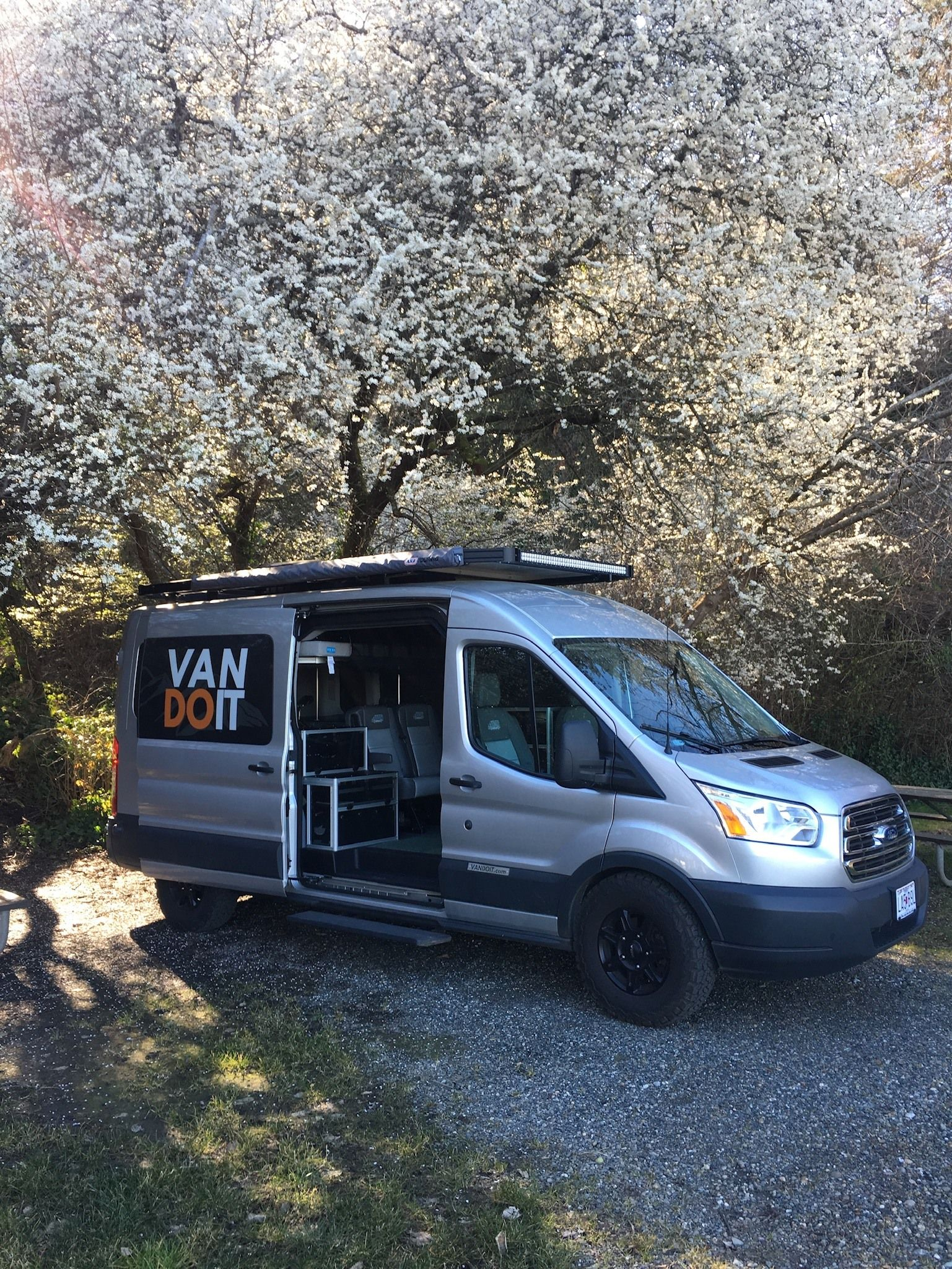Seattle In Springtime In Vandoit Adventurevan Conversionvan Vanconversion Van Vans Rv Vanbuildout C