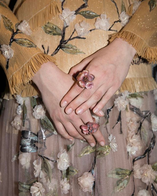 A close-up of the arresting pieces of art jewelry created by internationally celebrated artist Claude Lalanne especially for #MariaGraziaChiuri's haute couture creations. #DiorTokyo  via DIOR OFFICIAL INSTAGRAM - Celebrity  Fashion  Haute Couture  Advertising  Culture  Beauty  Editorial Photography  Magazine Covers  Supermodels  Runway Models
