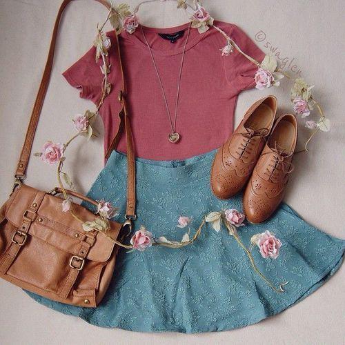 #spring #summer #chambrayskirt #skaterskirt #maroon #oxfords #handbag