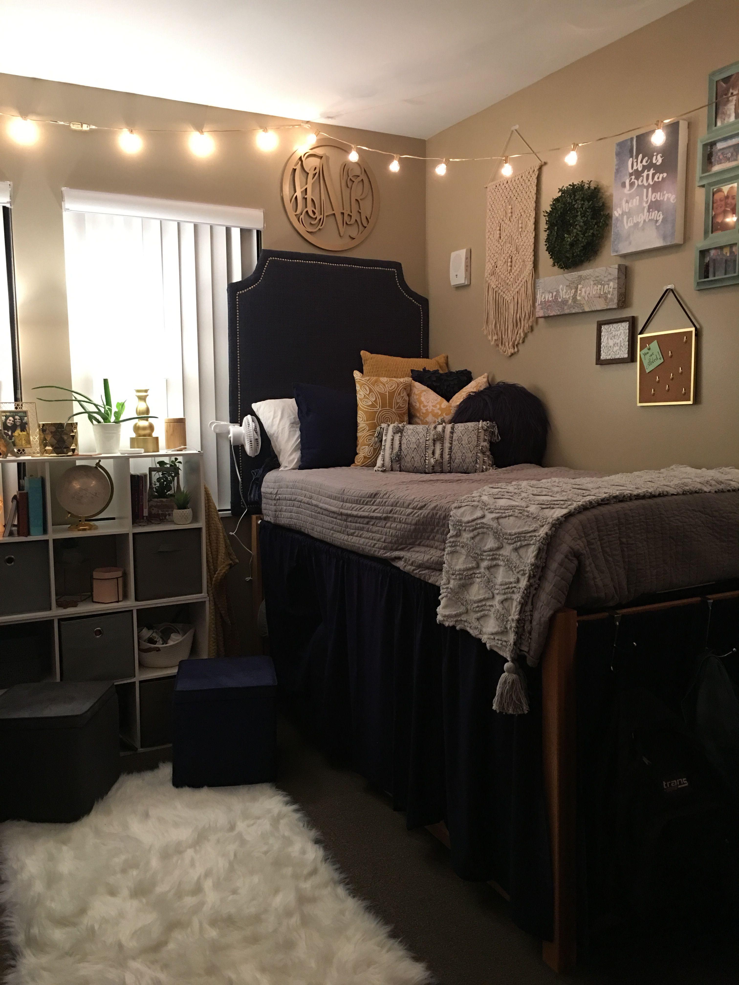 Dorm Room Color Schemes