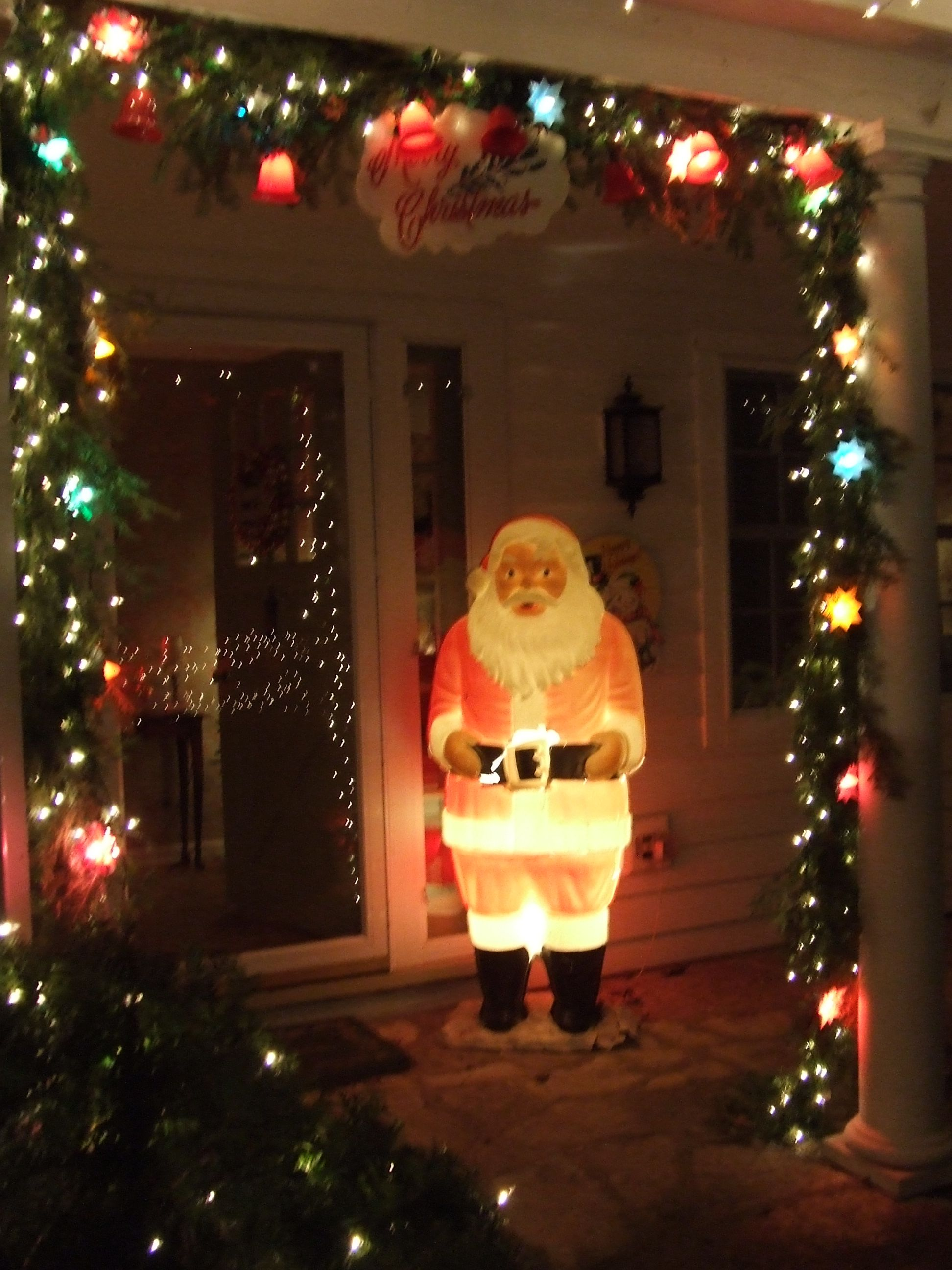 My beloved polk brothers santa outdoor vintage christmas for Outdoor xmas decorations