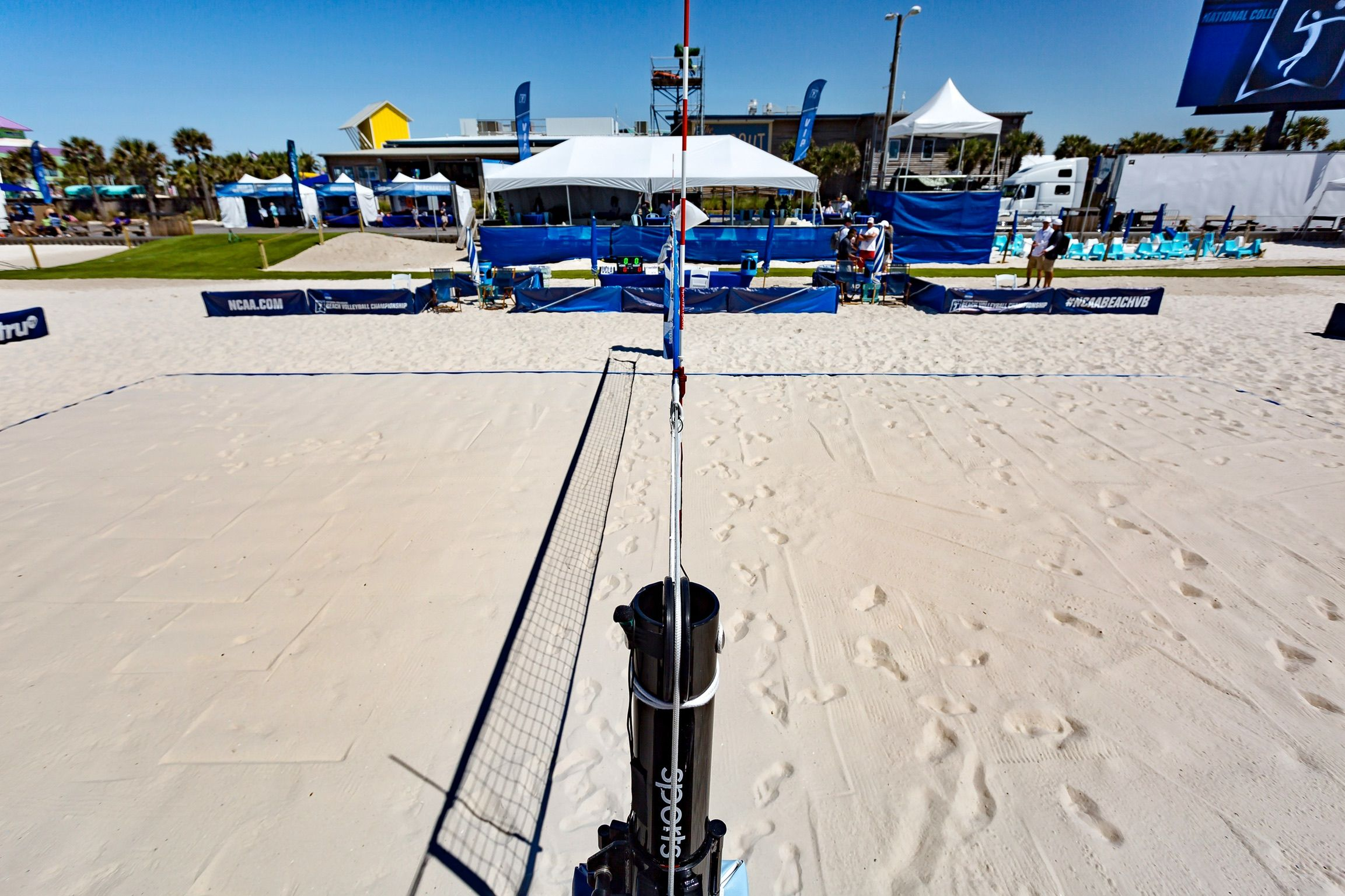Sports Imports At The Center Of The 2017 Ncaa Beach Volleyball Championship In Gulf Shores Alabama Outdoor Volleyball Net Volleyball Equipment Volleyball