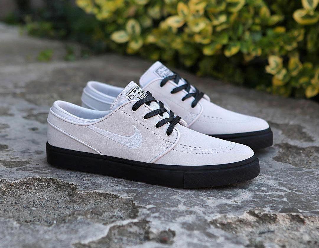 28ad500bd Promodel Stefan Janoski od Nike SB v barvě Vast Grey Black je nyní live.  👉www.popname.cz #Sneakers
