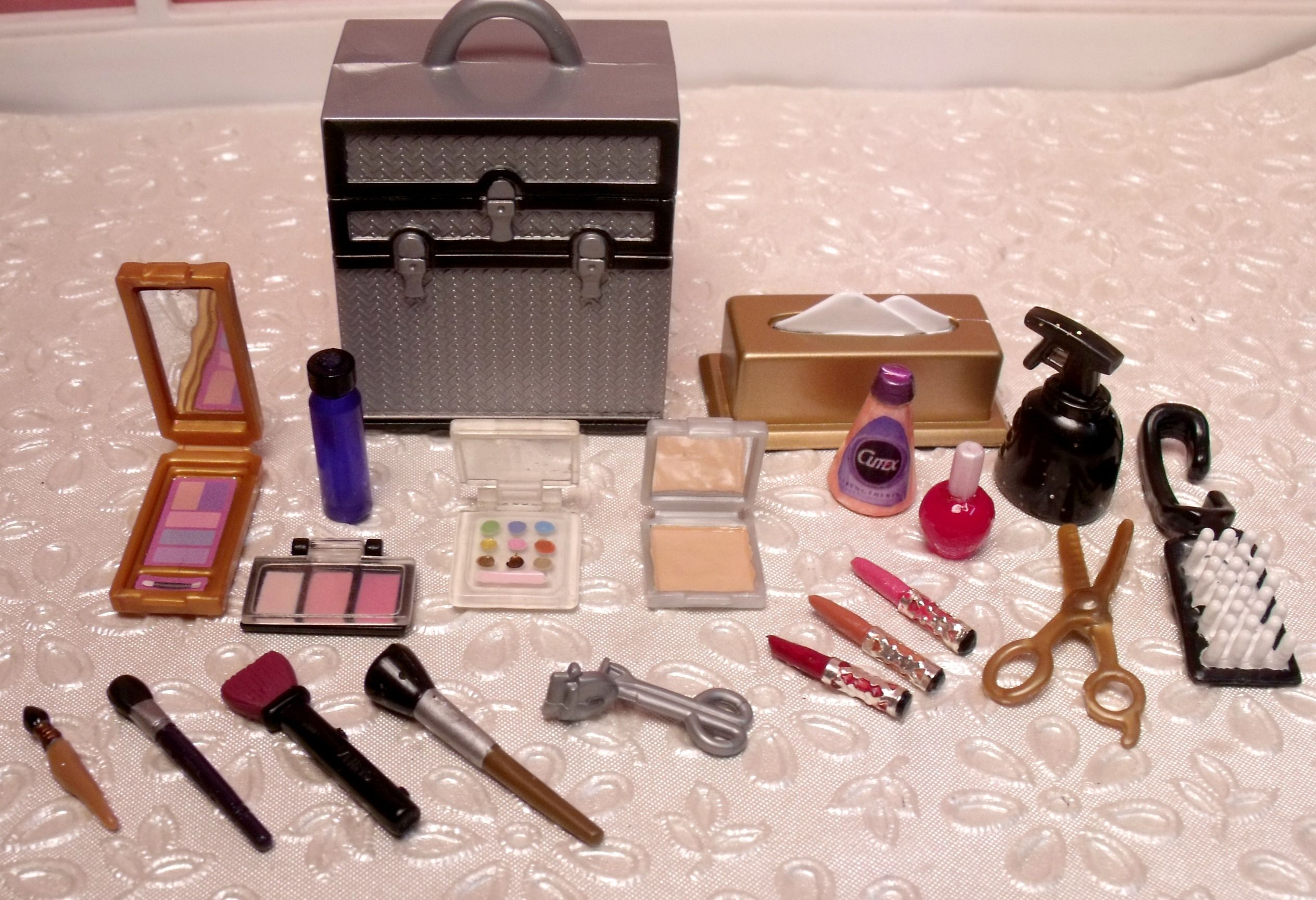 Barbie Hair Nails Cosmetics Accessories For Dollhouse Vanity