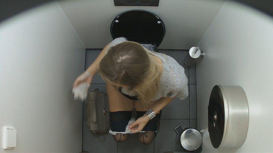 камера в туалете магазина - 14