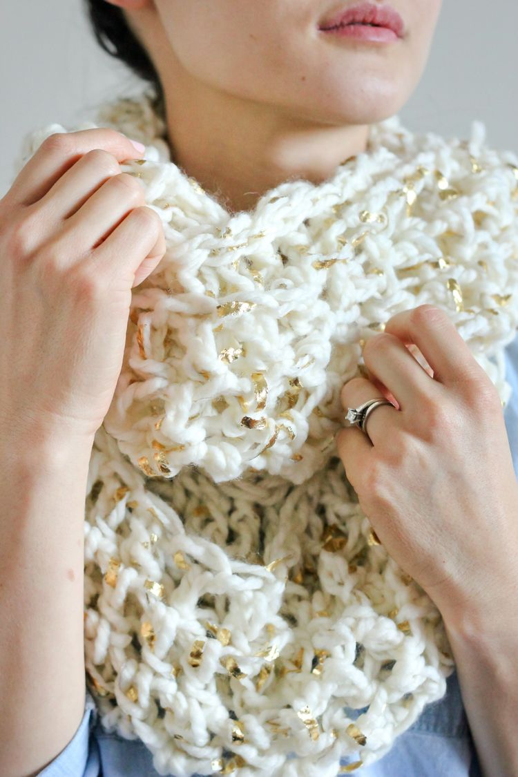 How to wear a cowl chunky crochet crochet infinity scarves and do you know what a cowl is have you seen them around and wondered bankloansurffo Image collections