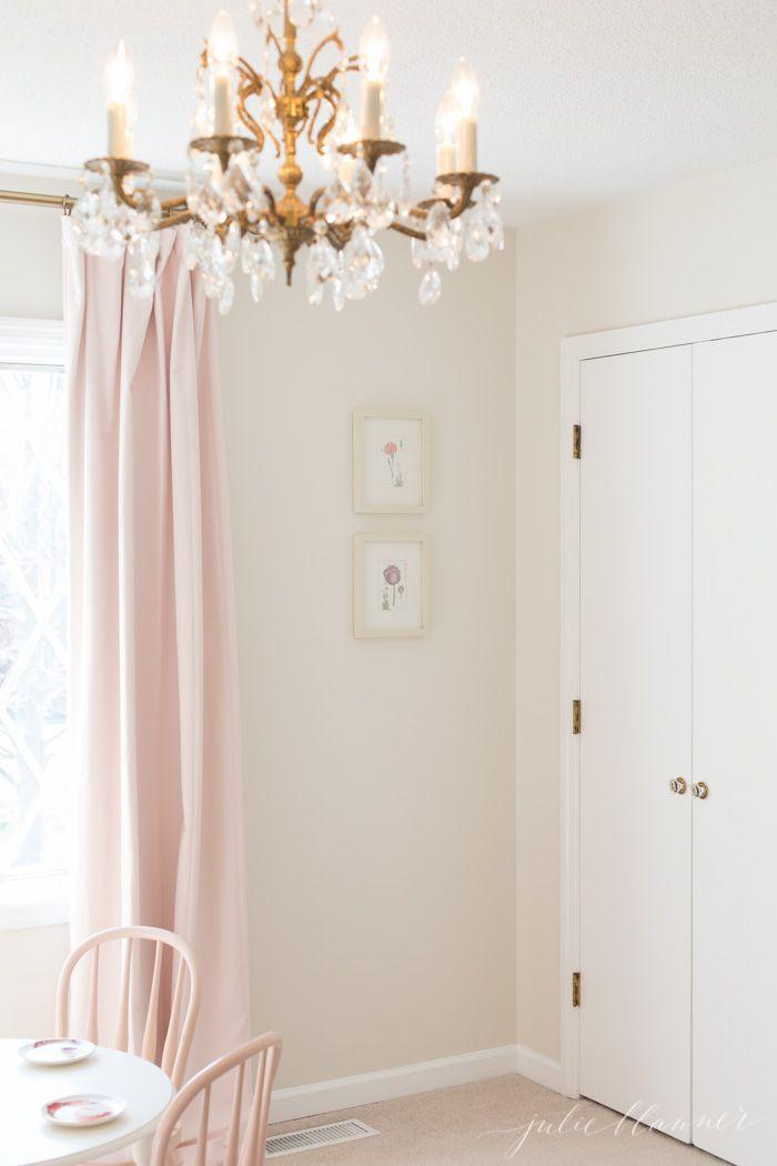 Selecting Bedroom Carpet. Little Girl ClosetKid ...
