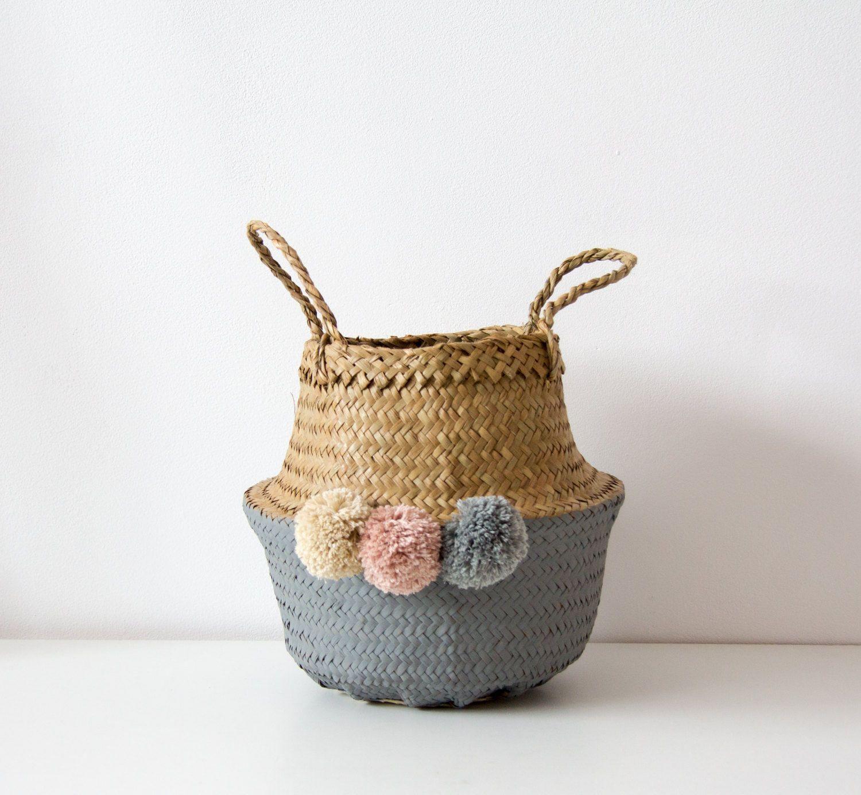 Cesta De Mimbre Pintada Y Decorada A Mano Wicker Handcraft Basket De Cosmencompany En Etsy Cestas De Mimbre Cestas Pintadas Mimbre Pintado