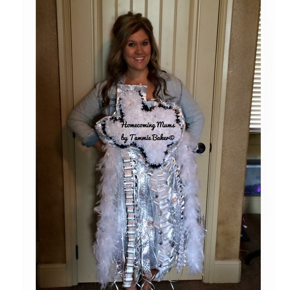 Texas Shaped Mum Find Us In Facebook Homecoming Mums By Tammie