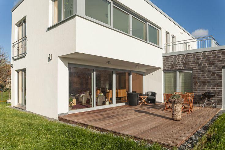 Terrasse Mit Holz Terrassengestaltung Architektur Detail Bauhaus