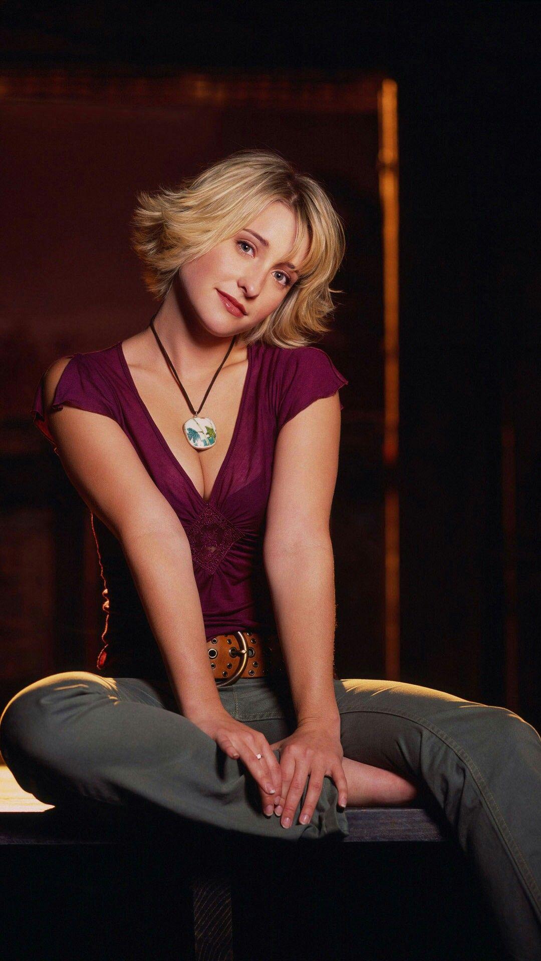 Allison Mack Celebrity Pictures Actors Actresses
