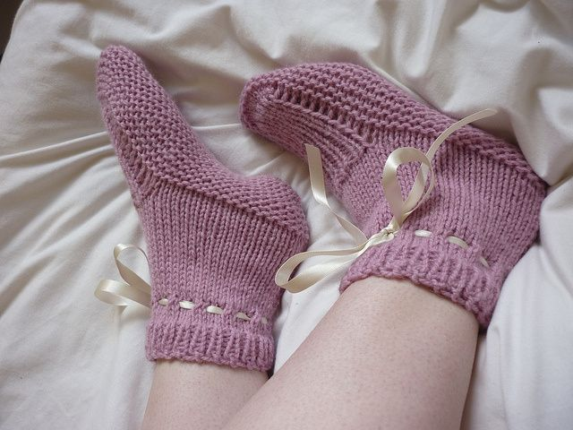 Worsted Flat Knit Bedsocks Free Knitting Pattern And More Free