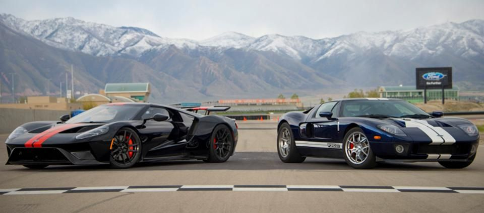2005 Ford Gt Vs 2017 Ford Gt Capturing Lightning In A Bottle Twice Ford Gt Lightning In A Bottle Ford