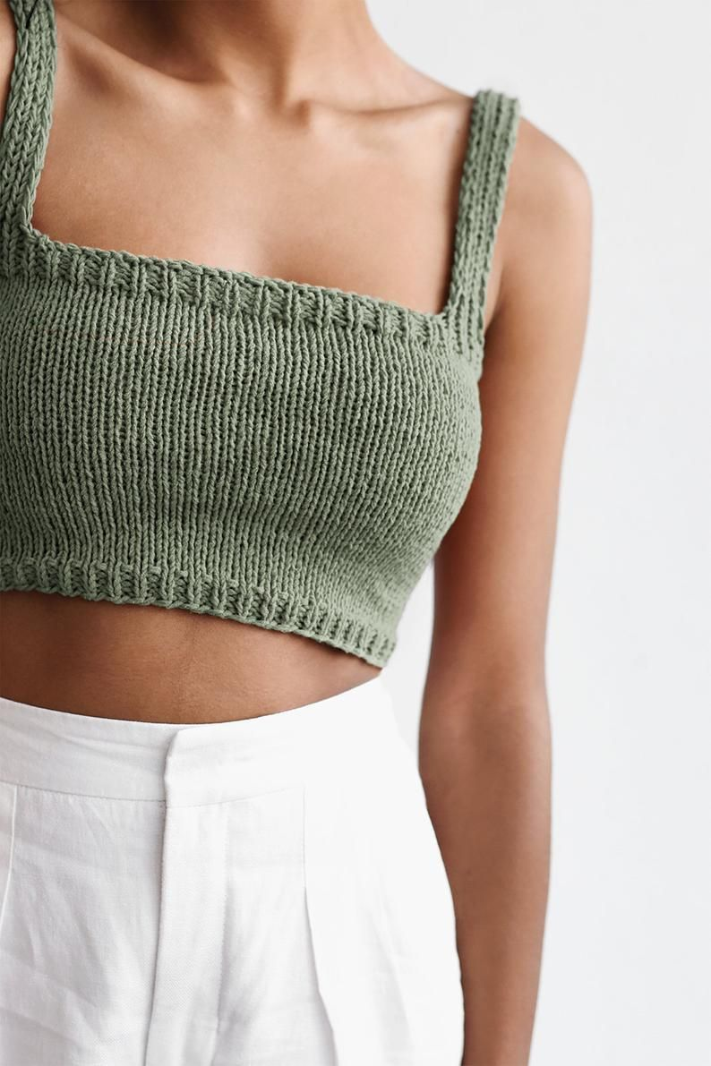 Square Neck Crop Top, Minimal Knit Top, Hand Knit Bralette Top, Black Cropped Yoga Top, Square Neckline, Sports Knit Bra, Fitted Cotton Top | ideas de tejer | #Black