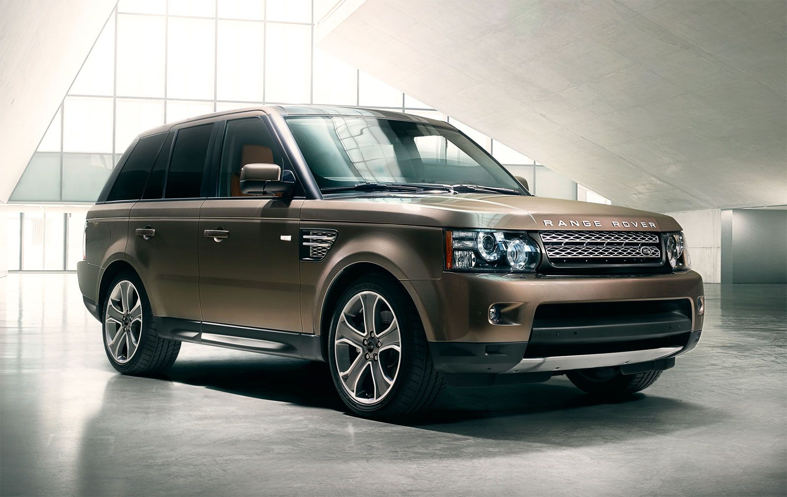 Range Rover Sport...supercharged (yes please!) Range