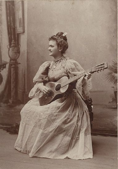 Music in Victorian Era – Vintage Pictures of Women Playing Musical ...