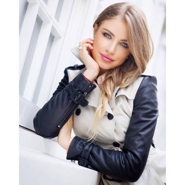 e41fba1f50b6 Xenia Tchoumitcheva