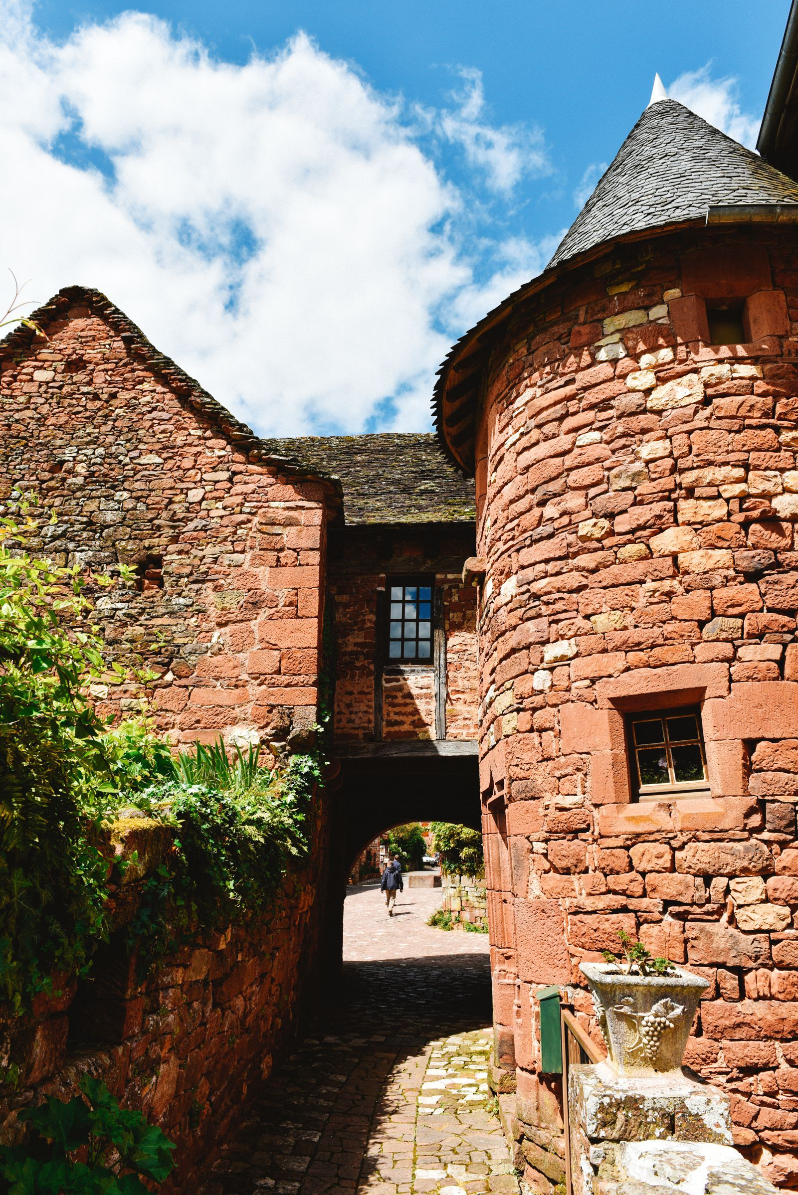 This Is The Most Beautiful Village In France - Collonges-La-Rouge (70)