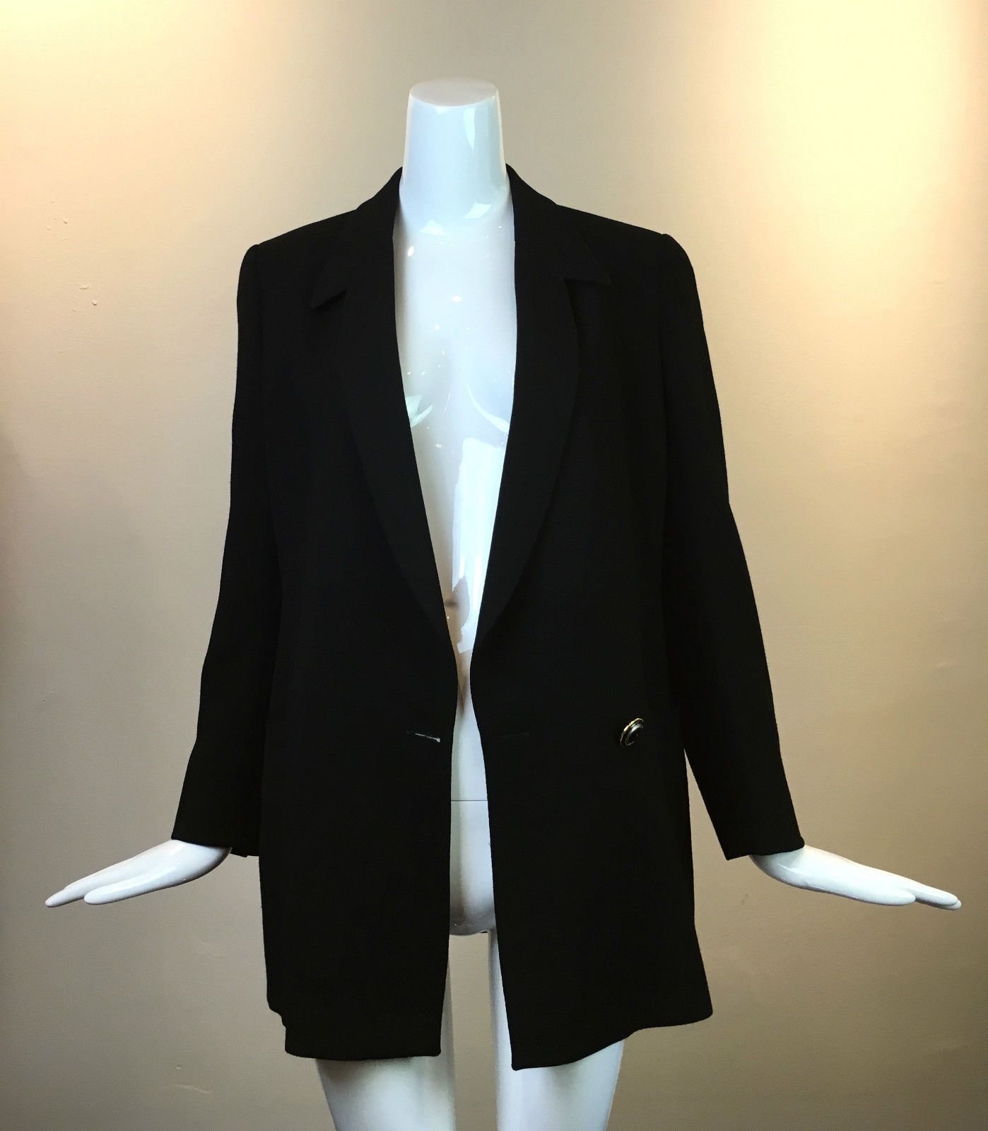 4ed71ff7b8 Gianni Versace Women s Double Breasted One Button Black Wool Long Cut Blazer