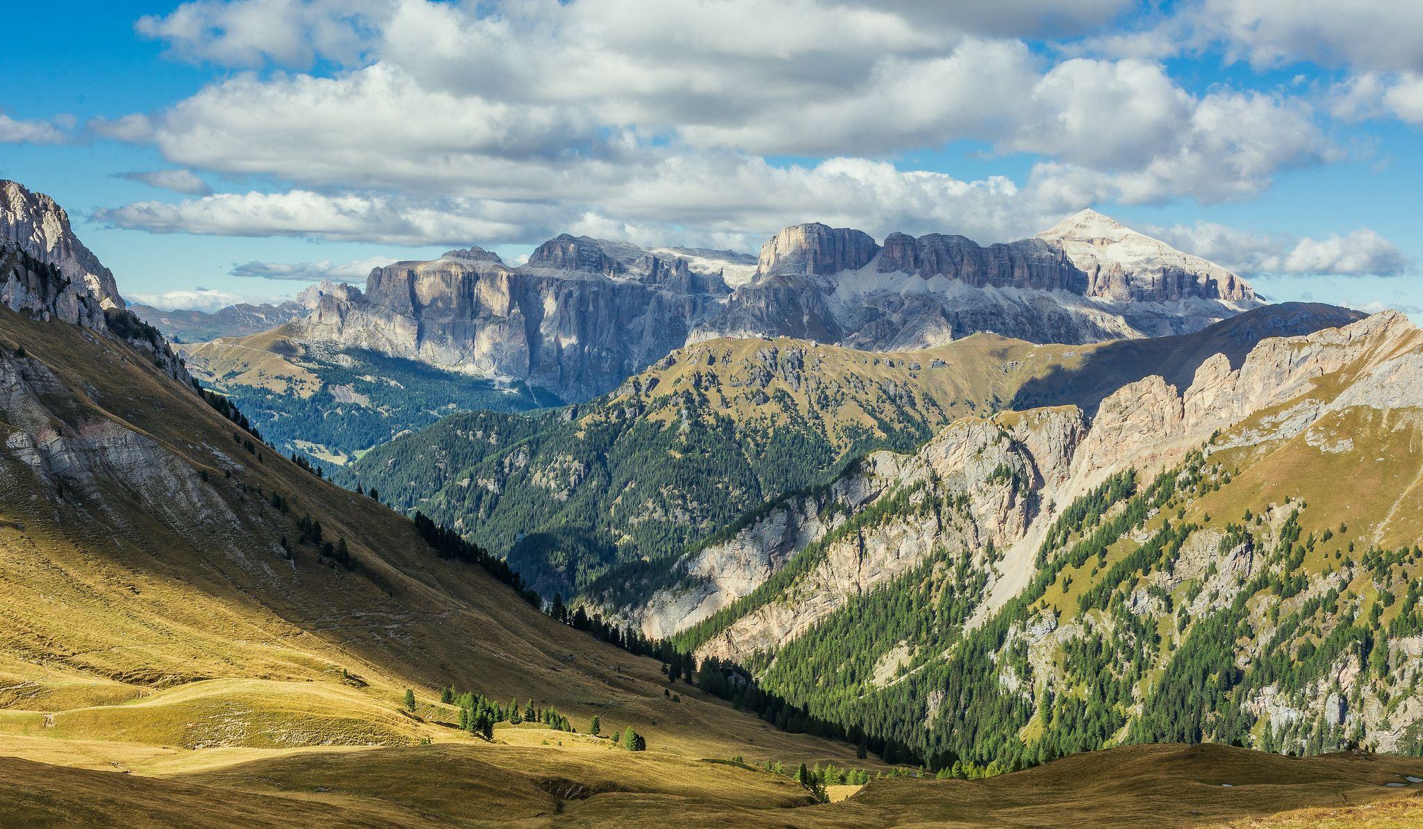 https://flic.kr/p/yA1c6C   Vista sulle Dolomiti   Dal Rifugio Passo San Nicolò, Val Contrin - Dolomiti Trentine - E' stata dura ma ne è valsa la pena!!!!