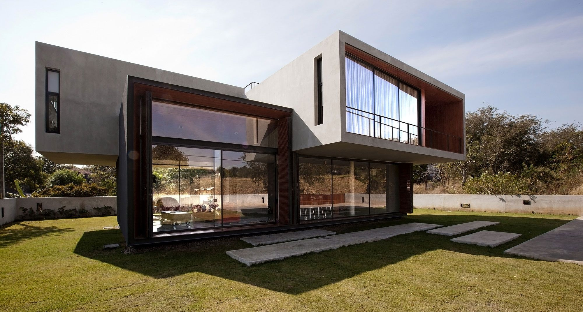 Concrete Home Designs In Narrow Slot Architecture Toobe8