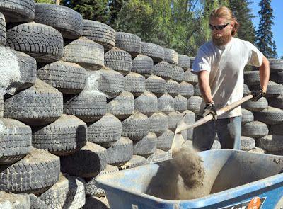 Ma poubelle est un jardin recyclage des pneus usag s - Construire un cache poubelle ...