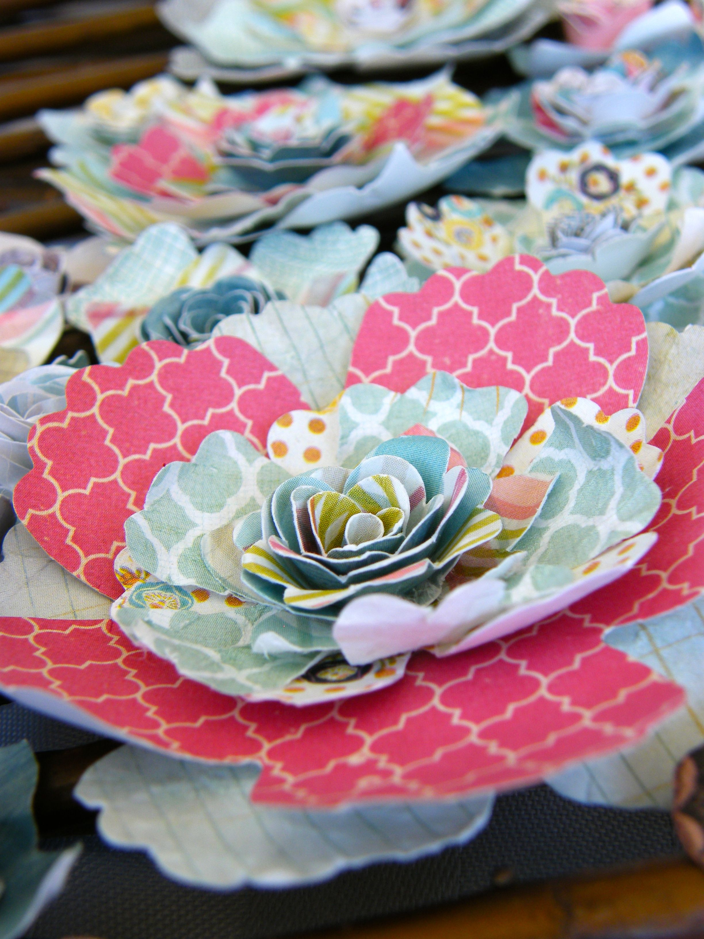 Big Flower Paper Flowers Pinterest Big Flowers Flower Crafts