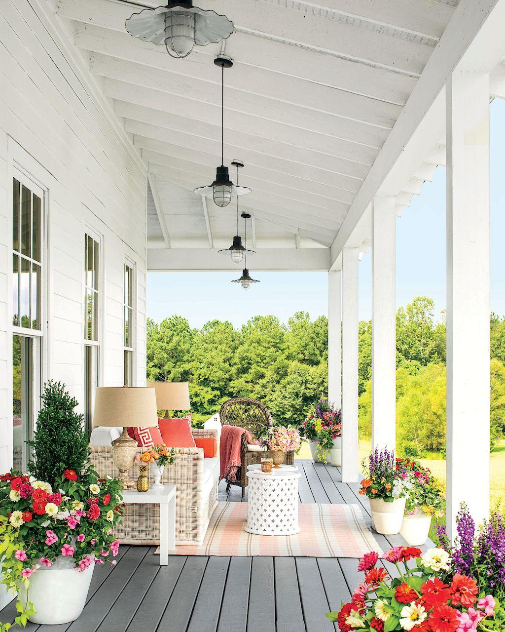 Front Porch Ceiling Ideas: 110 Best Farmhouse Porch Decor Ideas