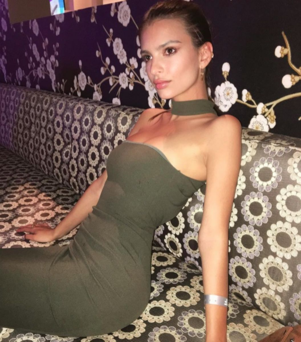 You won't believe where Emily Ratajkowski got her outfit from! Get all the details via @swavyapp