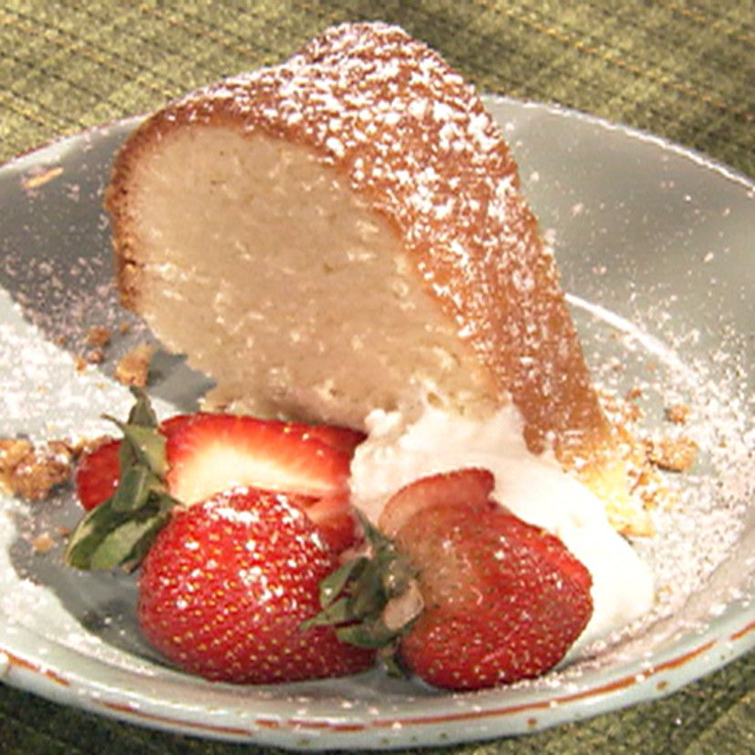 Mamas pound cake recipe in 2020 sour cream pound cake