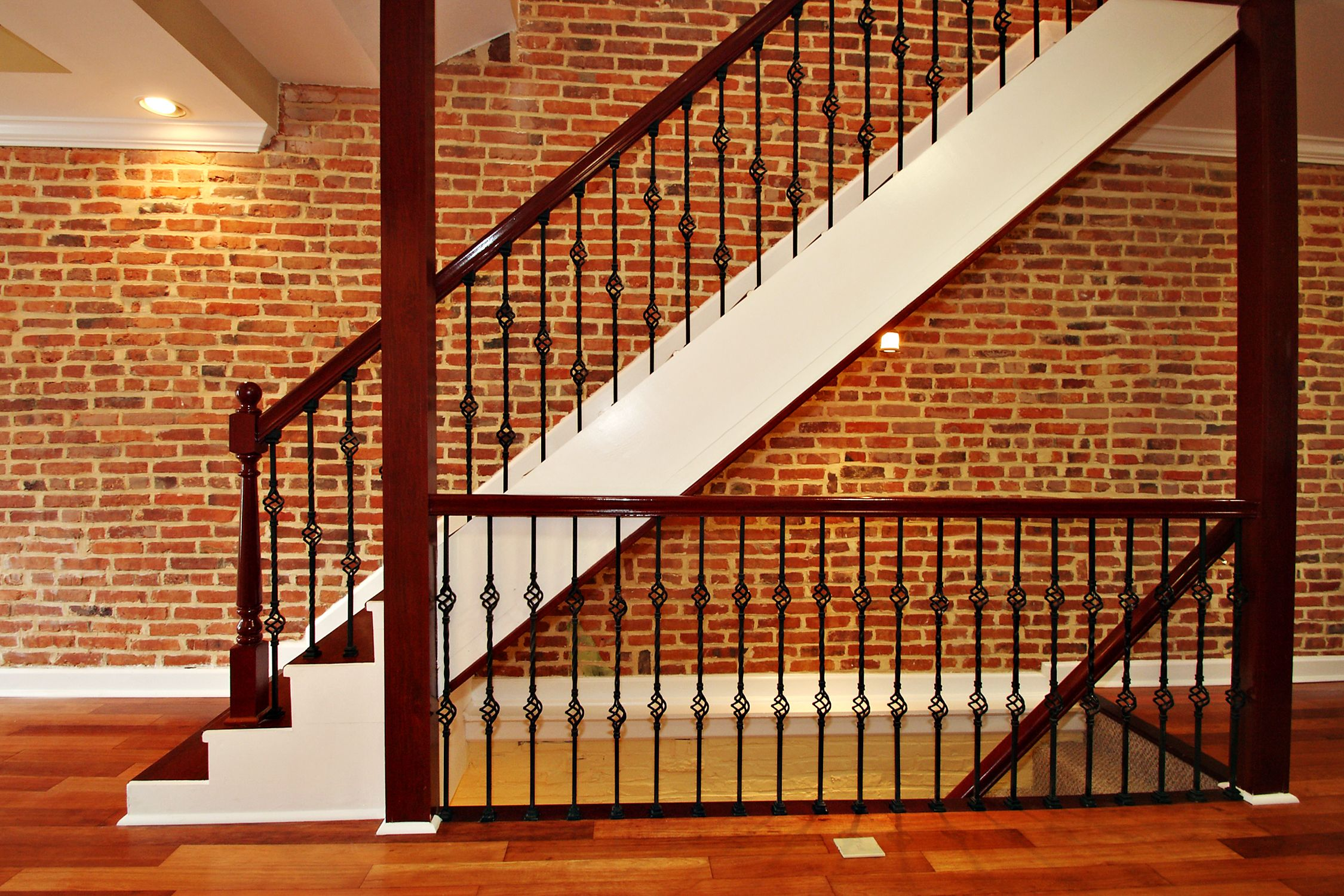 Best Staircases Staircases Spiral Stairs Open Riser Stairs 400 x 300