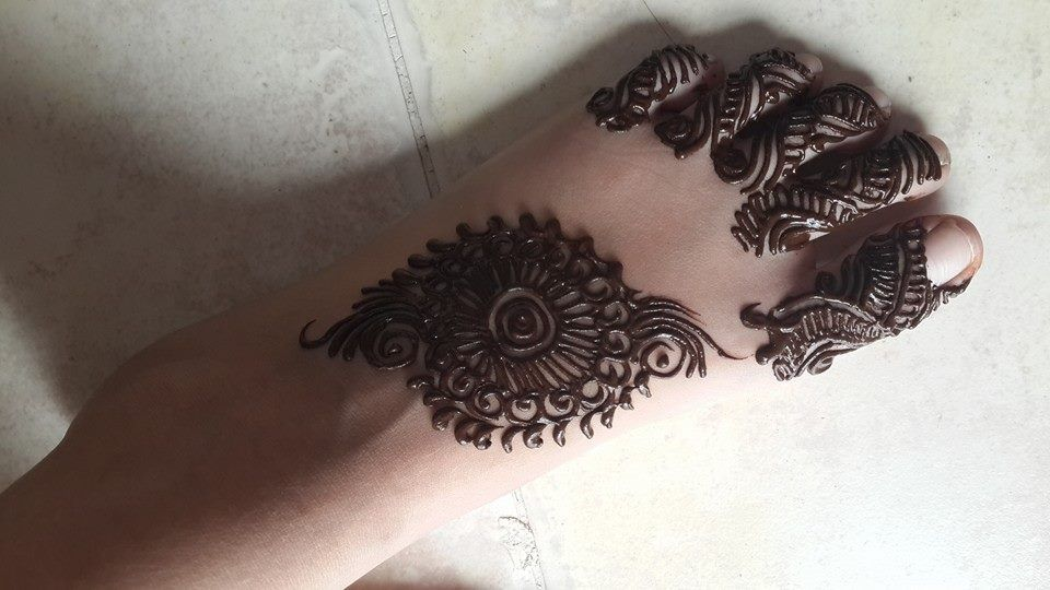 A To Z Mehndi Designs : Design by jabeen'z salon mehndi designs for feet pinterest