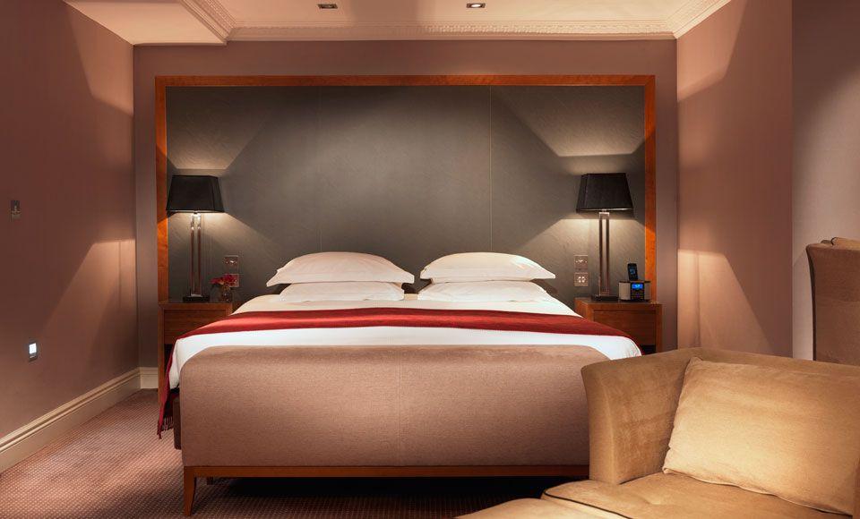 Distinctive Elegance At The Royal Garden Hotel Stylish Room Contemporary Hotel Hotel