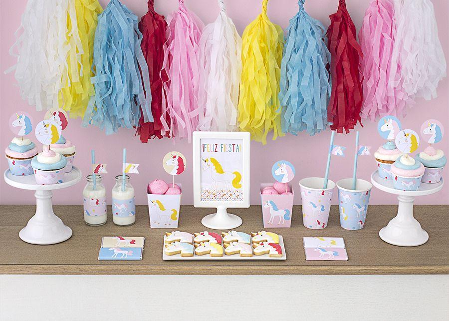 Postreadicci n galletas decoradas cupcakes y cakepops for Decoracion para pared de unicornio